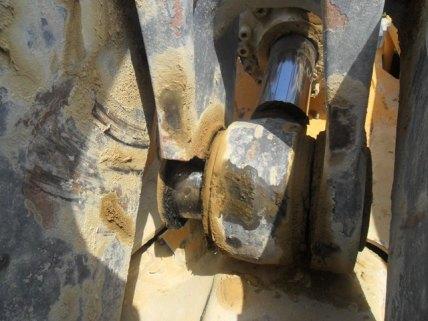 Broken boss on bucket linkage of a Volvo shovel.